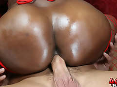 Big booty black chick strips and fucks at a party