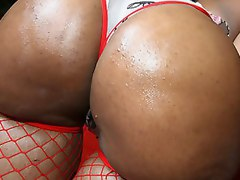 Big booty black girl Cherokee bounces her huge ass on a big cock