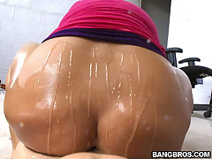 Today's Big Tits Thither Ass delivers you nearly a categorical banger! Penelope Piper is a smoking hot latina nearly huge upfront tits, a fat wet pussy and bubbly soft ass. Even nearly circa say no to crown you shouldn't ignore say no to face, because thi