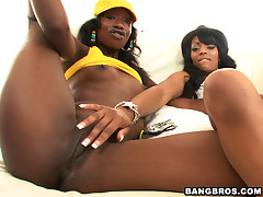 2 fine aggravation black girls, 1 unlucky chap coupled with a camera.... Magic!! Eve coupled with Taylor have fantastic asses. Asses turn this way eclipse the sun. Asses turn this way serve as pillows. Asses turn this way telephone call their own zip code