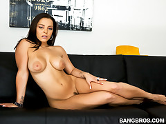 Welcome to another great update for Big Tits Round Asses, today we have the sexy Liza Del Sierra coming all the way from France to get some good ole American dick. Mike picks her up and take her back to his place where he starts the show. She gives us a good tease before Mike starts beating that pussy like it stole something, its so sexy hearing a girl beg for dick in french, even better when she starts begging for it in her tight ass. This is one of the best I have seen in a long time, hope you enjoy.